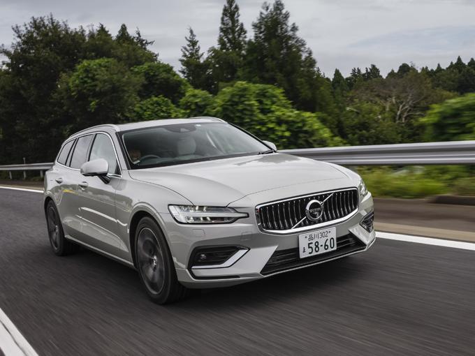 新型V60は一般道では走りに懸念があるも高速の安定性は良い。これからの改良に期待したい