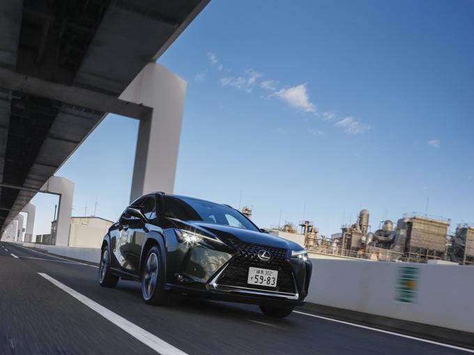 【試乗】新型 レクサス UX|「走り・デザイン・乗り心地」総合力の優れたコンパクトSUVを試乗