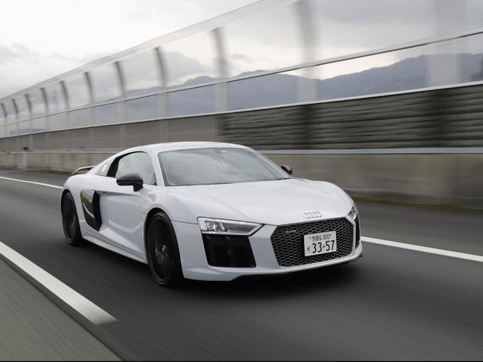 R8 走り