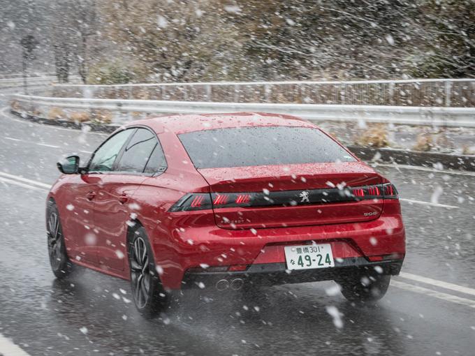 ▲ガソリンモデルの試乗コースは御殿場であったが山間部は季節外れの雪に見舞われたので高速を中心に試乗した