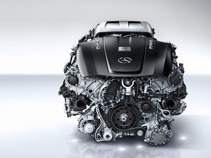 「V8エンジン搭載車」で打線を組んでみた|下位打線に座る国産2モデルがカギを握る!