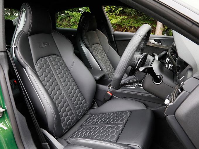 アウディ RS9スポーツバック