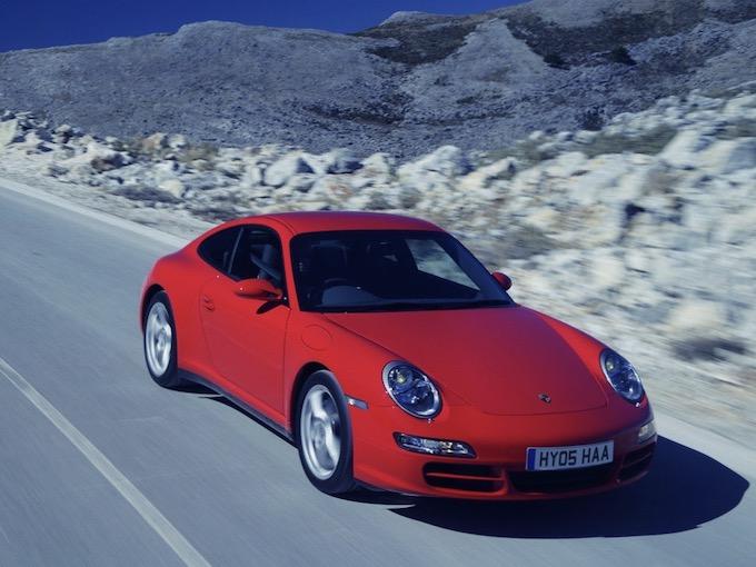 997型ポルシェ 911の好条件物件が「新車の半値以下」だが、それって本当にお買い得なのか?