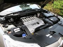 写真:V6のパワフルさは重厚感すら漂う|試乗by西川淳