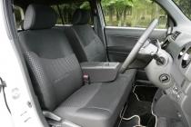 スバル デックス フロントシート|ニューモデル試乗