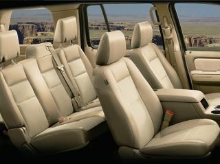 フォード エクスプローラー XLT エクスクルーシブ インテリア|ニューモデル速報