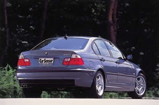 BMW 330i リアスタイル|ニューモデル試乗