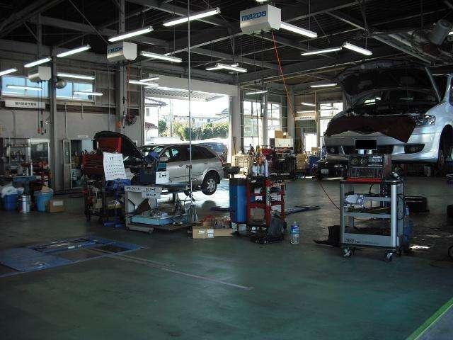 自社整備工場完備です♪ディーラーならではの安心整備をご提供致します!納車前には、信頼できる点検整備を実施後納車致します!