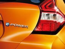 ウンチクはさておき、乗ったら「ひと踏み惚れ」してしまうノート e-POWERは即納できる中古車が狙い目!